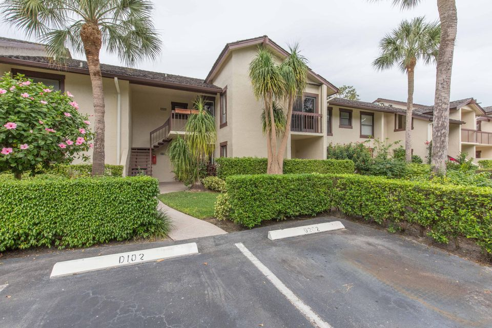 Home for sale in GOLF COTTAGES 2 CONDO Wellington Florida