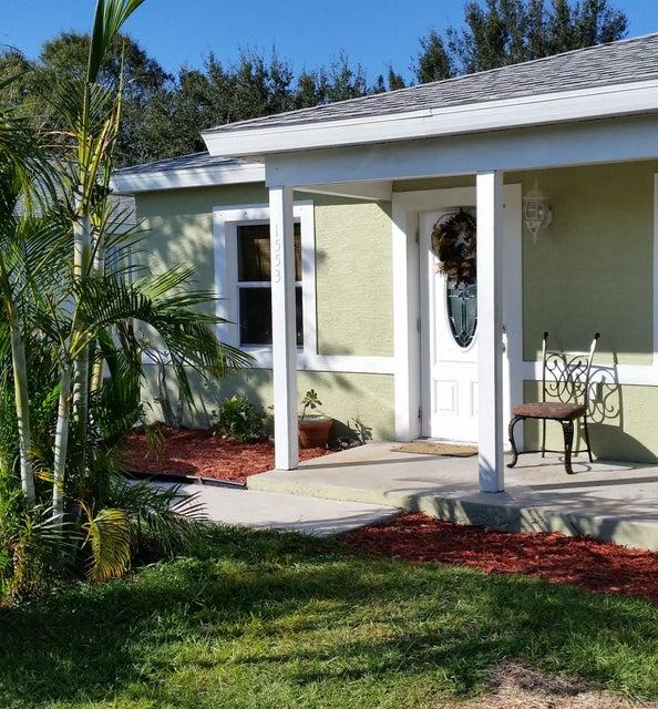 1553 15th Circle SW, Vero Beach, FL 32962