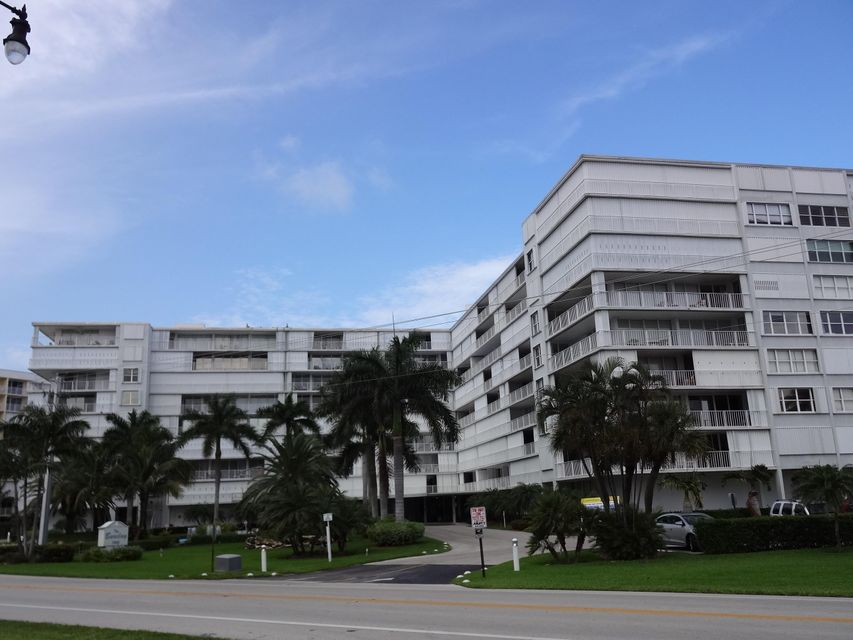 3546 S Ocean Boulevard 214, South Palm Beach, FL 33480