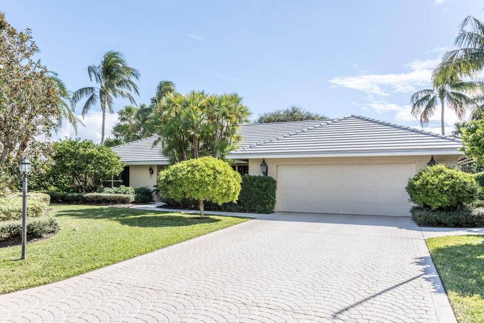 House for Sale at 11950 N Lake Drive 11950 N Lake Drive Boynton Beach, Florida 33436 United States