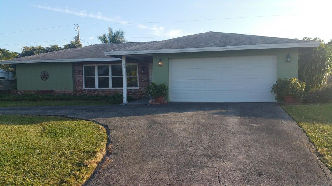 103 W Coconut Drive  Lake Worth, FL 33467
