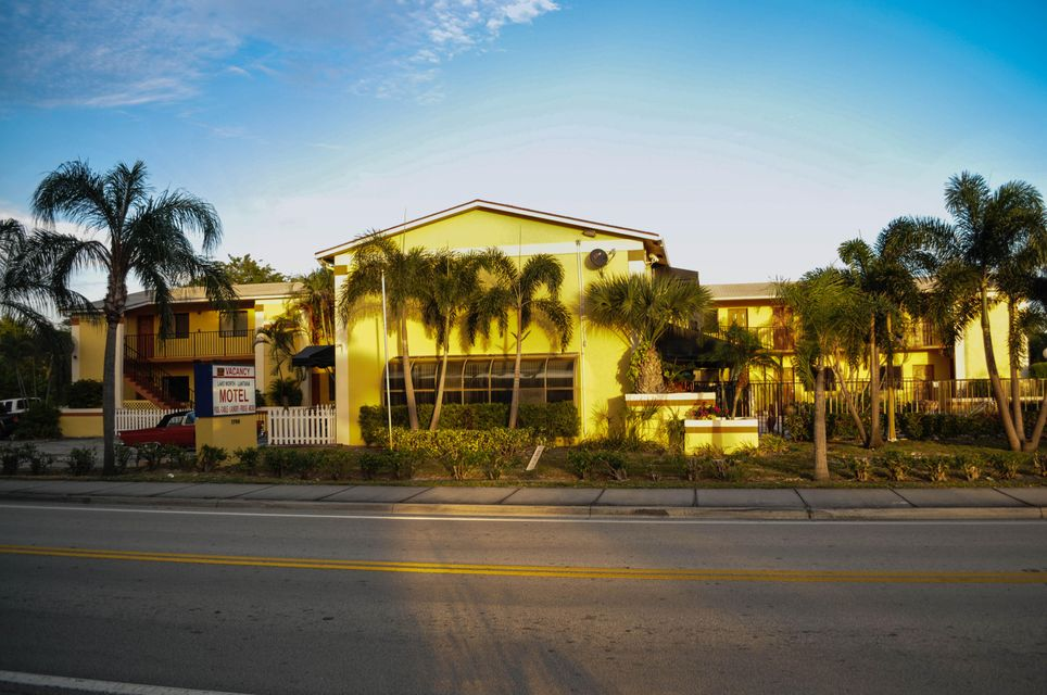 1700 S Federal Highway 1-22, Lake Worth, FL 33460