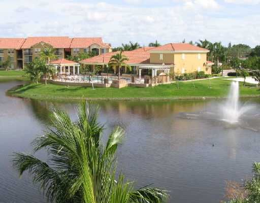 709 Villa Circle, Boynton Beach, FL 33435