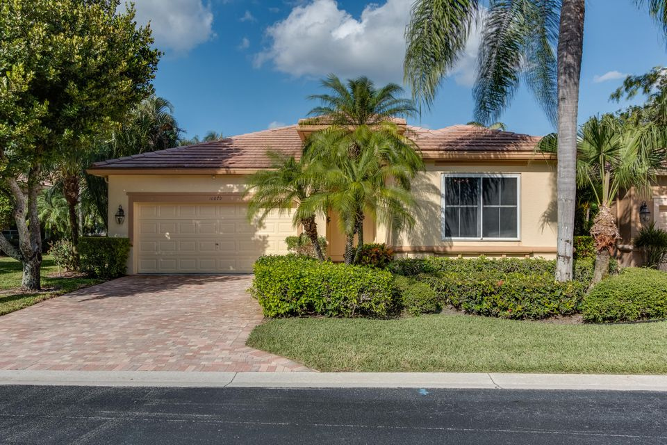 10879 Royal Devon Way, Wellington, FL 33449