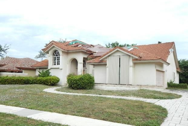 2030 Greenview Cove Drive  Wellington, FL 33414