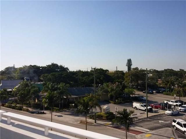 Additional photo for property listing at 2500 Wilton Drive 2500 Wilton Drive Wilton Manors, Florida 33305 United States