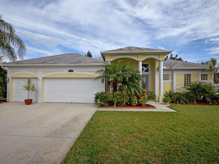2170 3rd Place SW, Vero Beach, FL 32962
