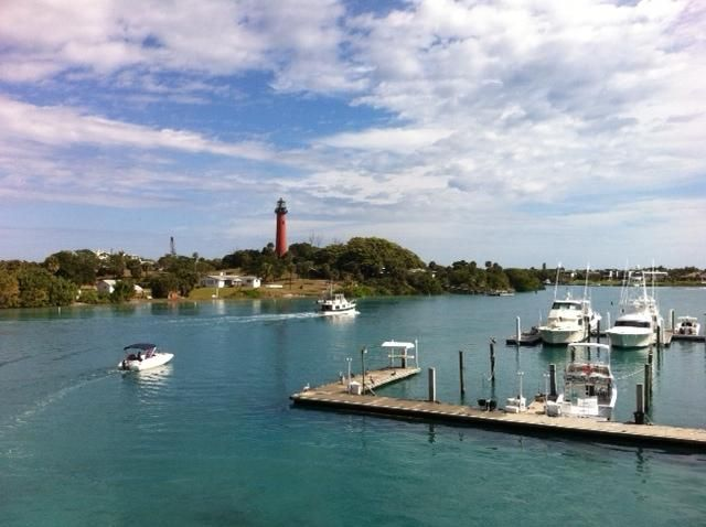 Additional photo for property listing at 3008 Fairway Drive N 3008 Fairway Drive N Jupiter, Florida 33477 United States
