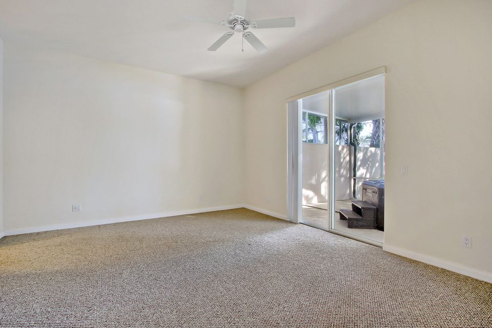 Additional photo for property listing at 2744 Muskegon Way 2744 Muskegon Way West Palm Beach, Florida 33411 États-Unis