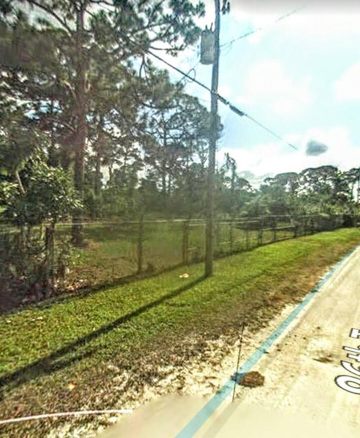 Additional photo for property listing at 86th Terrace 86th Terrace Lake Worth, Florida 33467 États-Unis