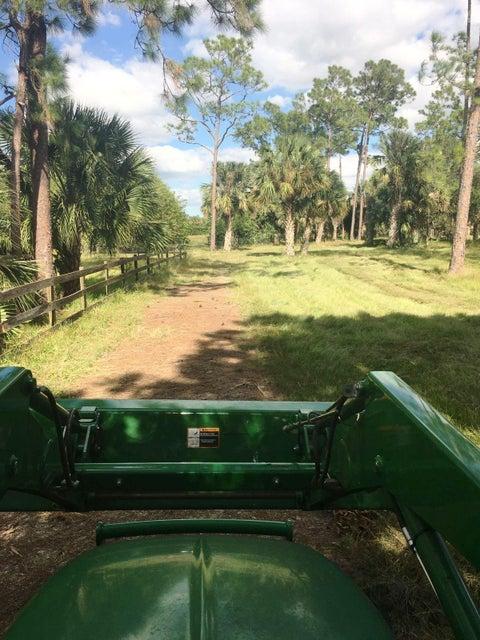4000 SW Deer Run Avenue, Indiantown, FL 34956