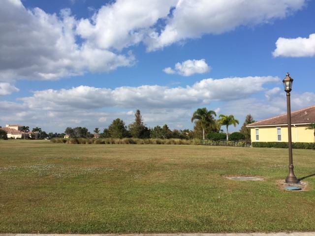 119 SE Via San Marino - Port St Lucie, Florida