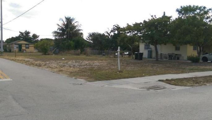 55 NW 11th Avenue, Delray Beach, FL 33444