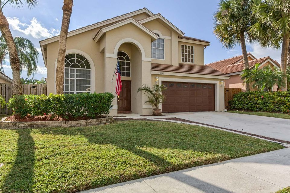 Home for sale in Lakemont Cove Lake Worth Florida