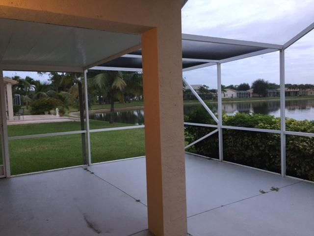 Additional photo for property listing at 8570 Cypress Springs Road  Lake Worth, Florida 33467 Estados Unidos