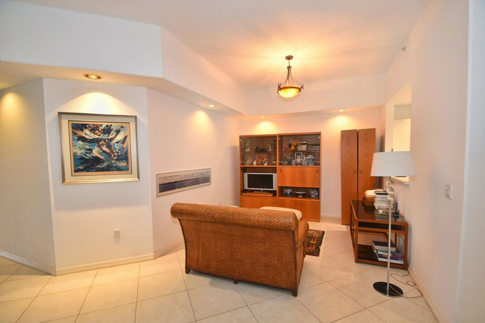Additional photo for property listing at 2481 NW 59th Street 2481 NW 59th Street Boca Raton, Florida 33496 United States