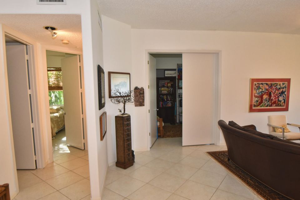 Additional photo for property listing at 2481 NW 59th Street 2481 NW 59th Street 博卡拉顿, 佛罗里达州 33496 美国