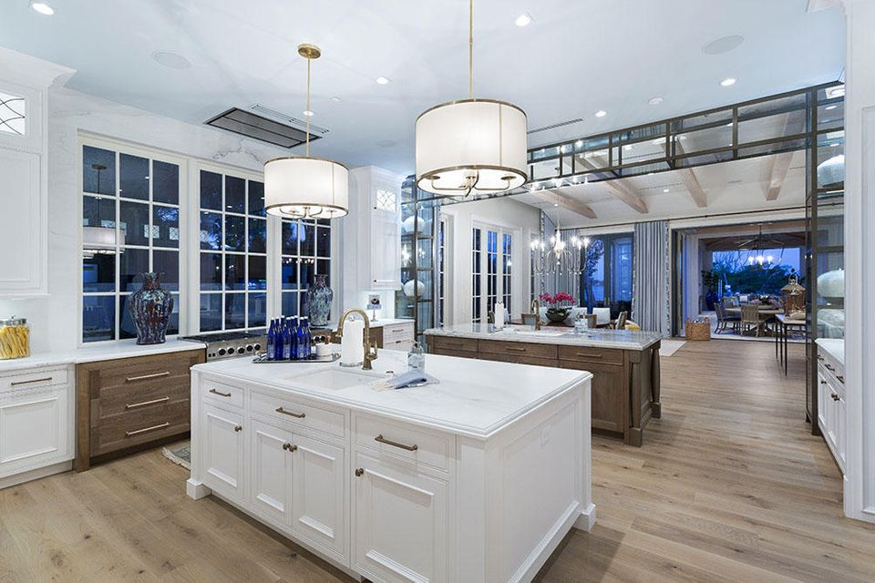 Additional photo for property listing at 1340 S Ocean Boulevard 1340 S Ocean Boulevard Palm Beach, Florida 33480 United States