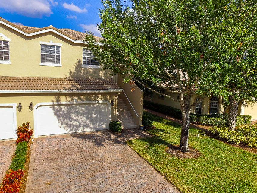9504 Crooked Stick Lane, Port Saint Lucie, FL 34986