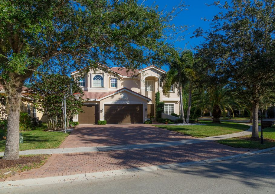 9737 Napoli Woods Lane, Delray Beach, FL 33446