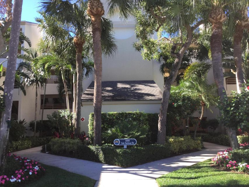 Co-op / Condo for Rent at 518 Oak Harbour Drive 518 Oak Harbour Drive Juno Beach, Florida 33408 United States