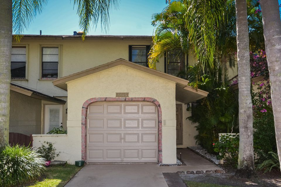 8904 SW 22nd Street is listed as MLS Listing RX-10277986 with 34 pictures