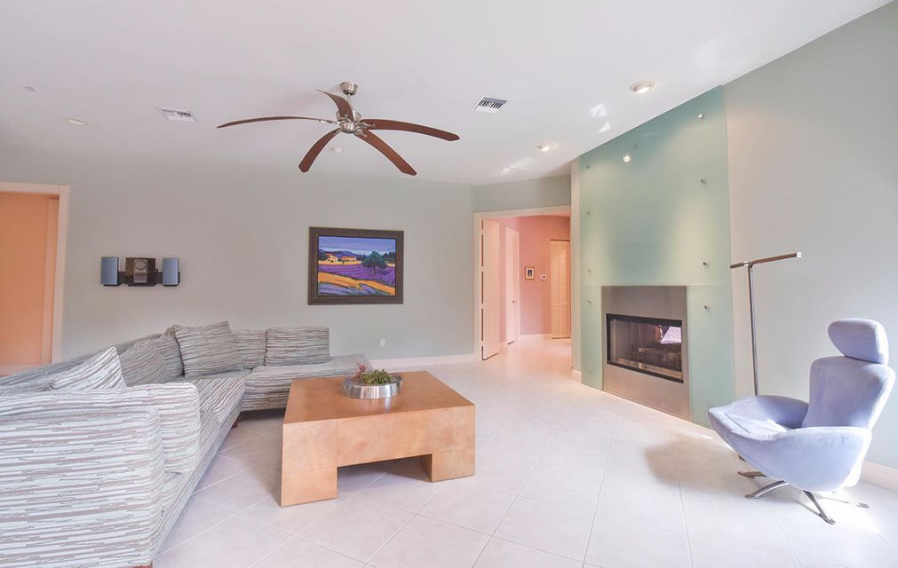 02 Living Room 2
