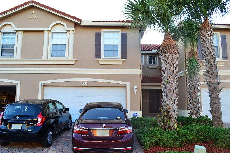 Home for sale in VERONA PALMS Greenacres Florida