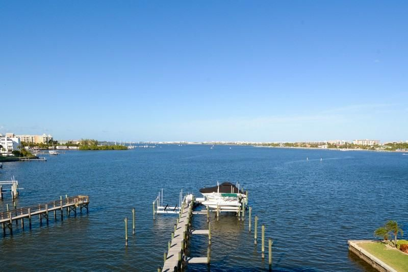 309 E Ocean Avenue 303, Lantana, FL 33462