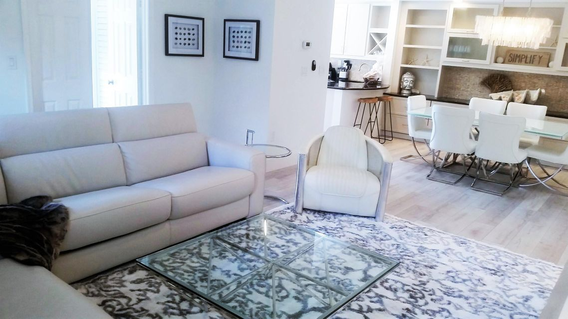 Additional photo for property listing at 410 Bella Vista Court N 410 Bella Vista Court N Jupiter, Florida 33477 United States