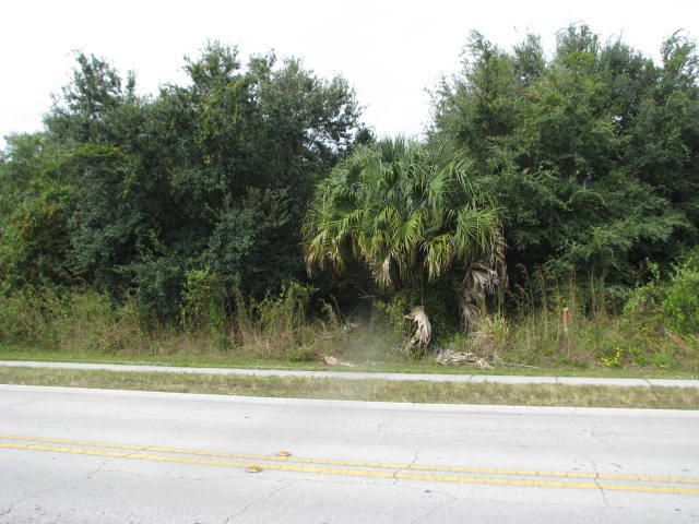 Additional photo for property listing at 941 SW California Boulevard 941 SW California Boulevard Port St. Lucie, Florida 34953 United States