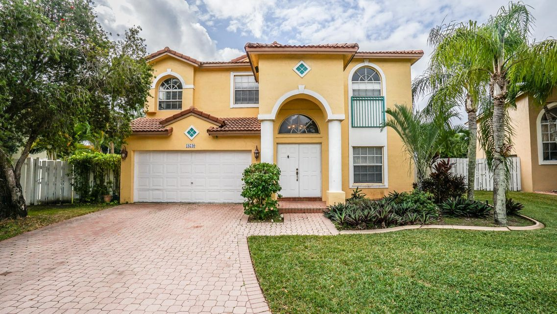 18540 NW 9th Street, Pembroke Pines, FL 33029