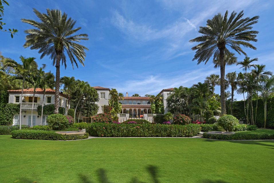 agent steve davis florida real estate douglas elliman 125 via del lago palm beach florida