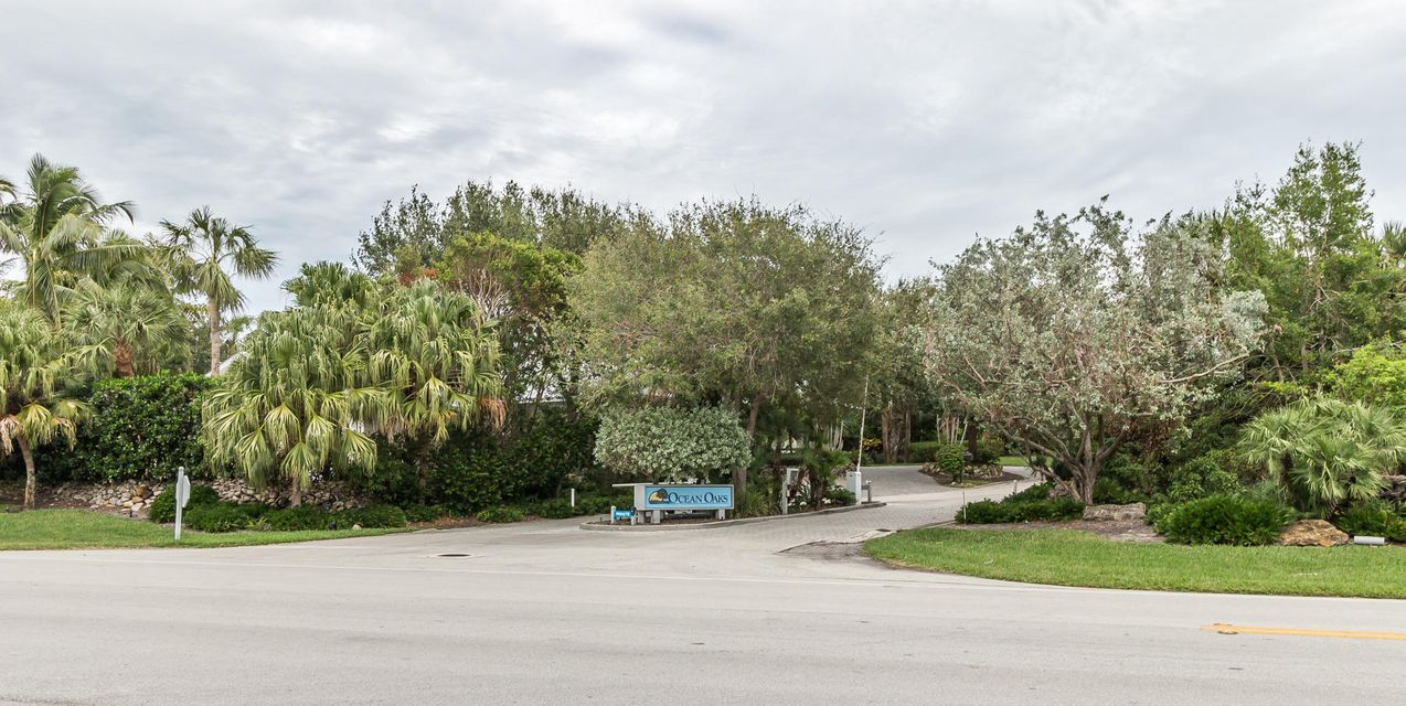Additional photo for property listing at 2214 E Ocean Oaks Lane  Vero Beach, Florida 32963 United States
