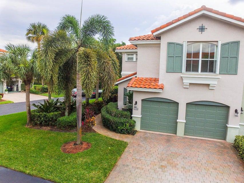 Townhouse for Sale at 195 Las Brisas Circle 195 Las Brisas Circle Hypoluxo, Florida 33462 United States