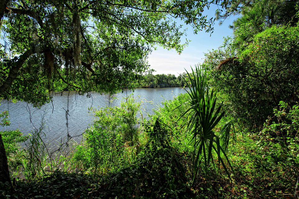 Additional photo for property listing at 22154 SW Hammock River Way 22154 SW Hammock River Way Indiantown, Florida 34956 United States