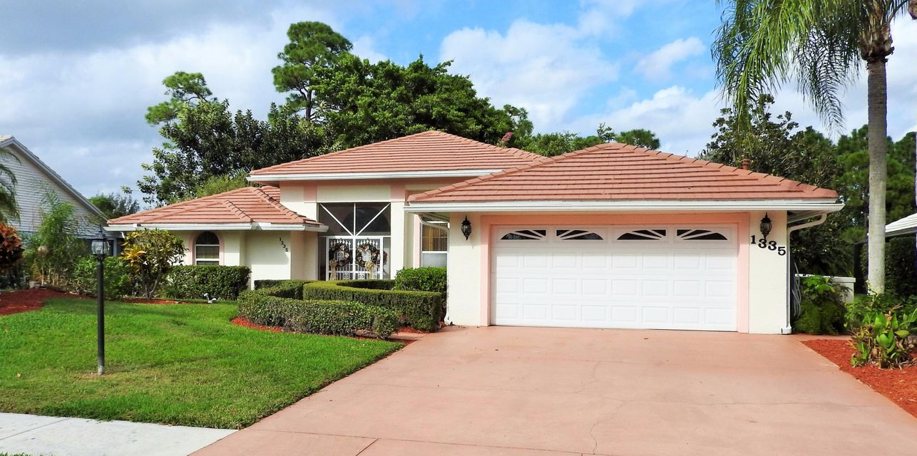 1335 SW Maplewood Drive, Port Saint Lucie, FL 34986