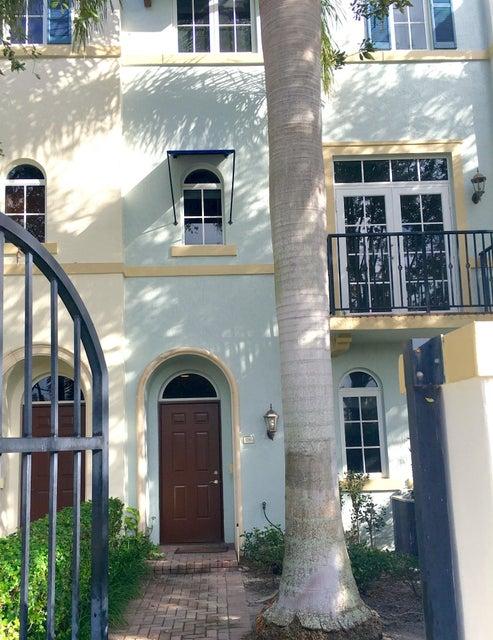3281 Estancia Lane, Boynton Beach, FL 33435