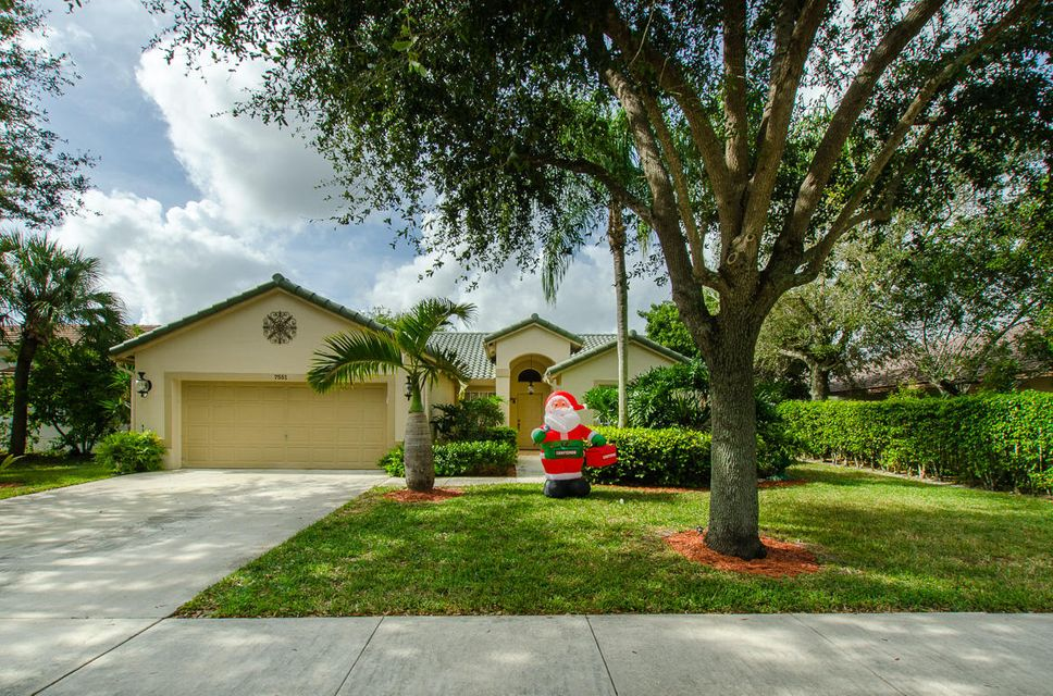 7551 NW 47th Avenue, Coconut Creek, FL 33073