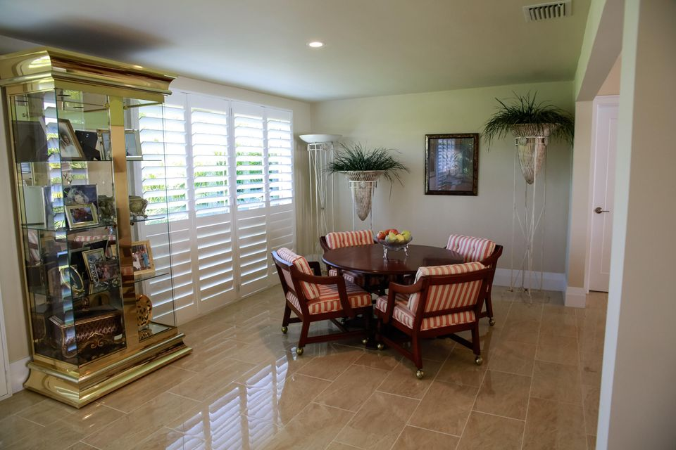Additional photo for property listing at 14 Garden Drive  Boynton Beach, Florida 33436 United States
