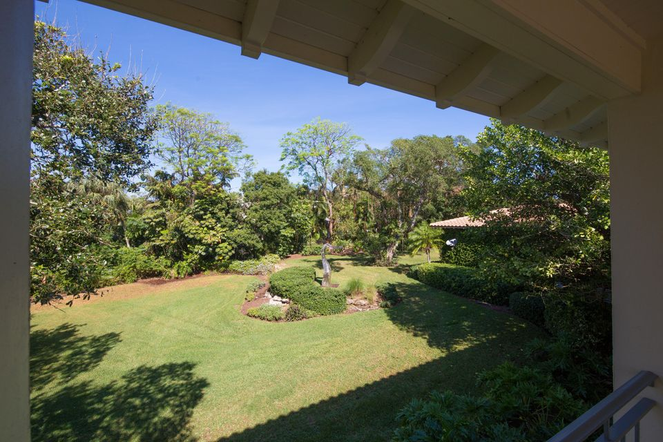 Additional photo for property listing at 27 Emarita Way  Sewalls Point, Florida 34996 United States