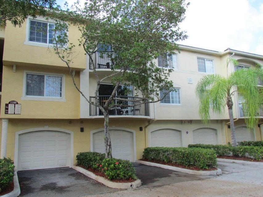 1100 Crestwood Court 1106  Royal Palm Beach, FL 33411