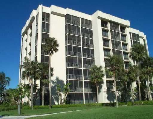 Co-op / Condo for Sale at 6845 Willow Wood Drive 6845 Willow Wood Drive Boca Raton, Florida 33434 United States