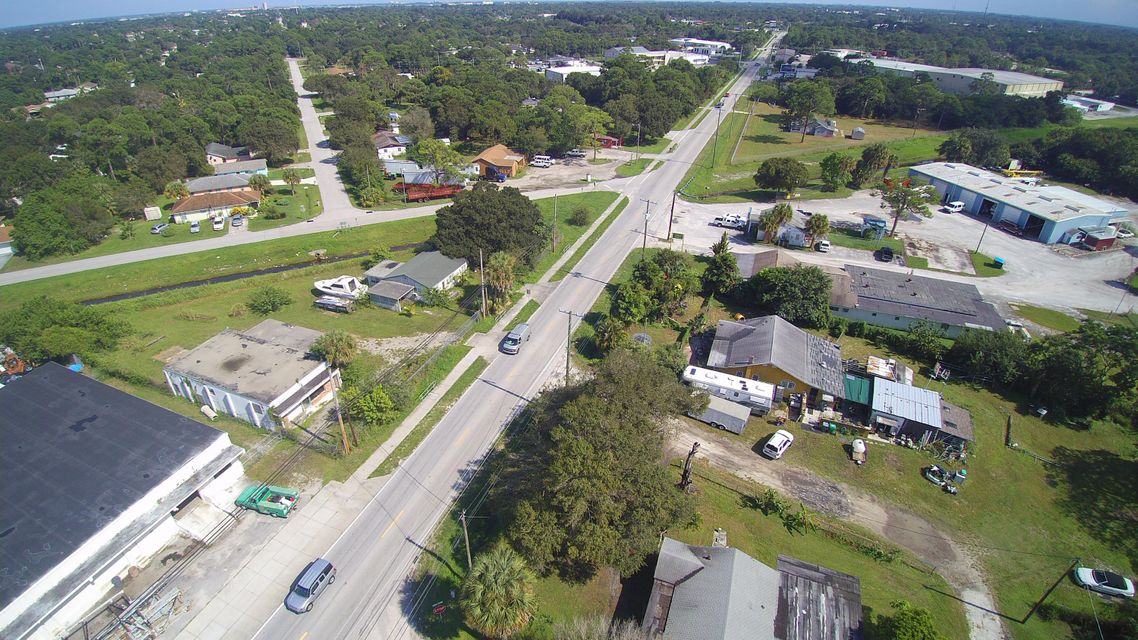 Additional photo for property listing at 920 Angle Road 920 Angle Road Fort Pierce, Florida 34950 United States