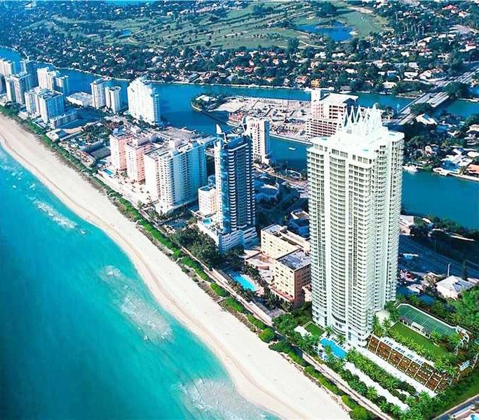 Condominio por un Venta en 6301 Collins Avenue # Ph-7 6301 Collins Avenue # Ph-7 Miami Beach, Florida 33141 Estados Unidos