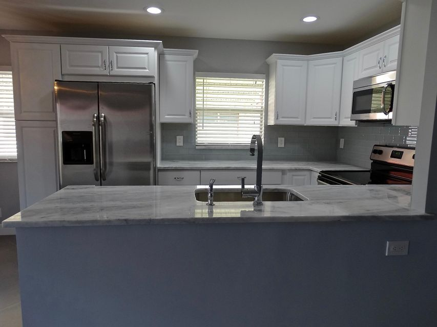 5  Seville A  is listed as MLS Listing RX-10288477 with 33 pictures