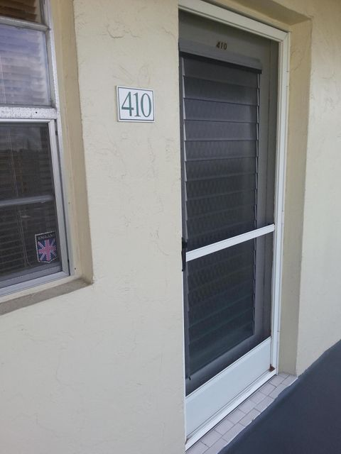 Additional photo for property listing at 130 NE 26th Avenue 130 NE 26th Avenue Boynton Beach, Florida 33435 United States