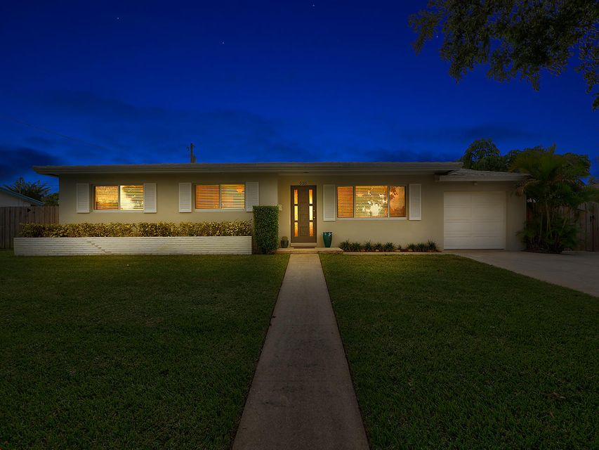 Home for sale in North Palm Beach Vlg Of 1 In Pb 24 Pgs 202 North Palm Beach Florida