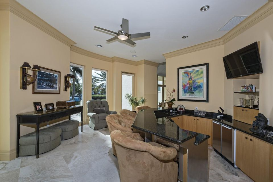Additional photo for property listing at 6814 SE Isle Way 6814 SE Isle Way Stuart, Florida 34996 États-Unis