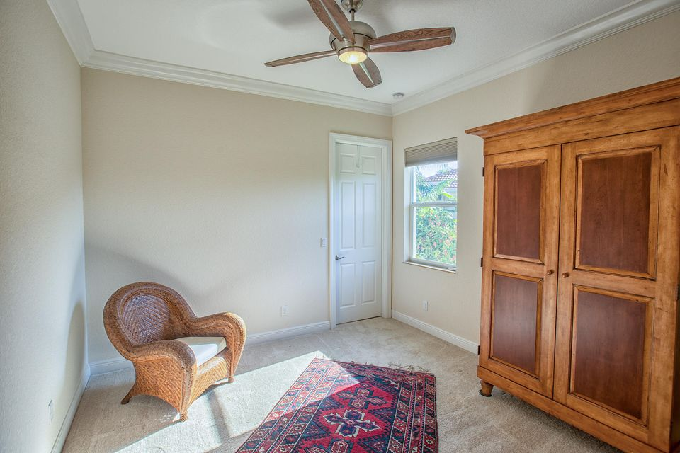 Additional photo for property listing at 24 SE Ethan Terrace 24 SE Ethan Terrace Stuart, Florida 34997 United States
